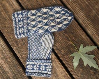 Blue White Wool Mittens