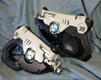 Tracer Pistols from OVERWATCH