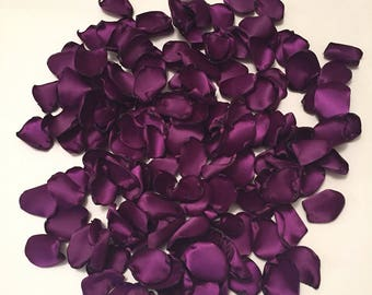 Rose Petals/Rustic Wedding Rose Petals/Plum Petals/Aisle Petals/Wedding Rose Petals/Plum Rose Petals/Purple Rose Petals