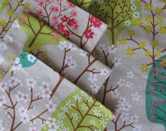 Set 6 Napkins + Runner Spring Blooming Trees Printing Scandinavian Design Linen Table Topper Modern Linen Table SET