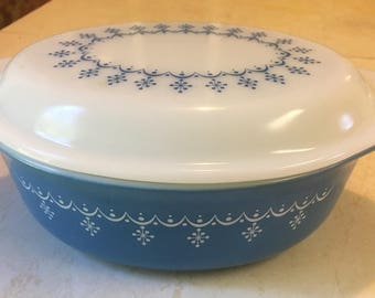 Snowflake Blue Oval Casserole with Lid