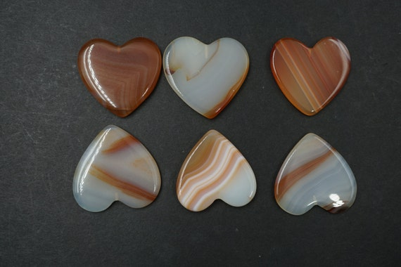 Lot of 6 Heart Shaped Smooth Agate Stones A-10
