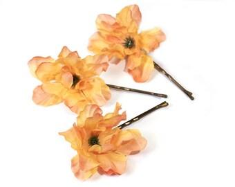 Hair flowers, hair flowers, Bobby pins
