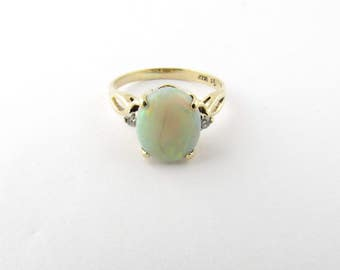 Vintage 14K Yellow Gold, Opal Diamond Ring #1253