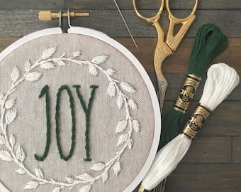 Embroidery Kit Joy Wreath. Embroidery Wall Art. Hand Embroidery Pattern. Hoop Art. DIY Gifts . Gifts for Crafters. DIY Christmas Decoration.