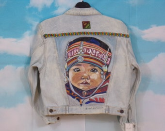 Veste jean kid bleu délavé, veste en jean Motif enfant Pérou peint main Taille 10 ans