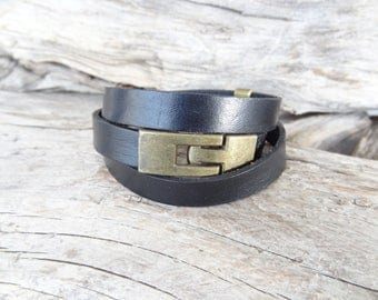 EXPRESS SHIPPING,Men's Black Leather Bracelet,Men's Jewelry,Antiquing Clasp Bracelet,Men's Wrap Bracelet,Gift for Husband,Father's Day Gifts