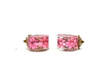 1950's Vintage Earrings | Lucite Earrings | Flower Earrings | Pink Earrings | Clip on Earrings | Floral Earrings | Small Flower Earrings