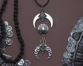 moon of tides-pendant