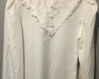 Vintage 1970s White Ruffle Blouse with Lace and Pearl Detail - Size Medium