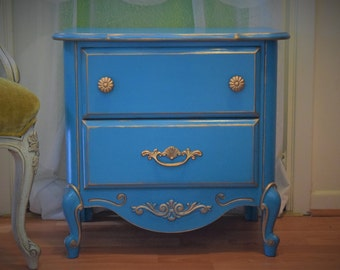 SOLD!! DO NOT Purchase!! Vintage Hand Painted Turquoise Nightstand/Side Table