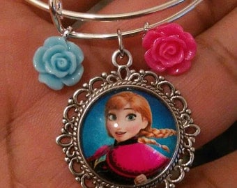 Frozen Elsa child charm wire bracelet