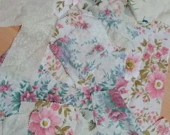 Vintage pillowcase scraps 60 grams