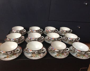 Beautiful antique/ vintage Chinese hand painted tea set cups/saucers/side plates