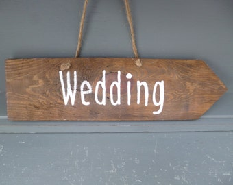 Rustic Wedding Sign, Arrow sign,Recycled wood sign,Wooden Sign, Wedding Decor,