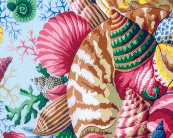 Kaffe Fassett Collective Spring 2017 Shell Bouquet in Pastel PWPJ088.PASTE Philip Jacobs woven cotton quilting fabric by the yard or metre