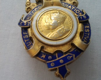 Coronation of King George Pin
