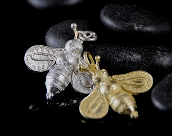 Bee pendant, granulated Cretan bee, donation to NRDC,  Save the Bees, protect the environment, gift for her