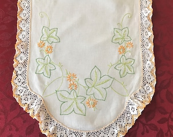 Vintage Table Runner, Cottage Chic Cotton Embroidered Flowers Lace Edge, Table Runner, Vintage Embroidered Flower Table Runner