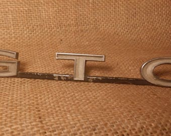 GTO Grill Emblem Pontiac Hot Rod Original Chrome 1970s Vintage GTO Gifts for Him GTO Collectible Pontiac collectibles Muscle Car Memorabilia