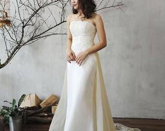 LS15/ Orchid/ Ivory/ Lace weddingdress/