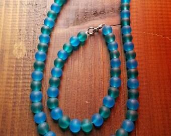 Czech glass blue/green beaded necklace w/bracelet