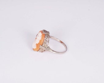 14K White Gold Cameo Ring, size 6.75