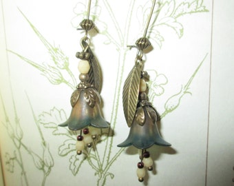 Earring flower lucite, Bohemian, your blue, Pearl of Bohemia, lauramcreation