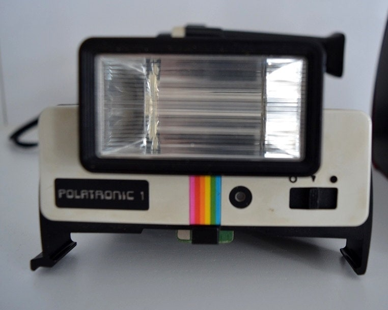 polaroid case essay Essay, case study, textbook solution in early 1996, polaroid corporation was presented with the opportunity to evaluate the current debt policy of the firm with $150 million 725% notes.