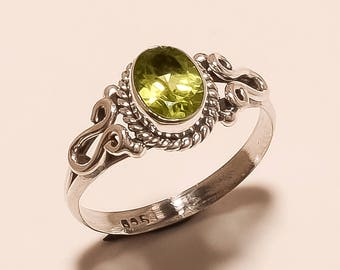Natural Peridot Ring Faceted Ring Sterling Silver Ring Green Peridot Ring Gemstone 925 Solid Sterling Silver Ring Peridot Ring Size6.5 E-663