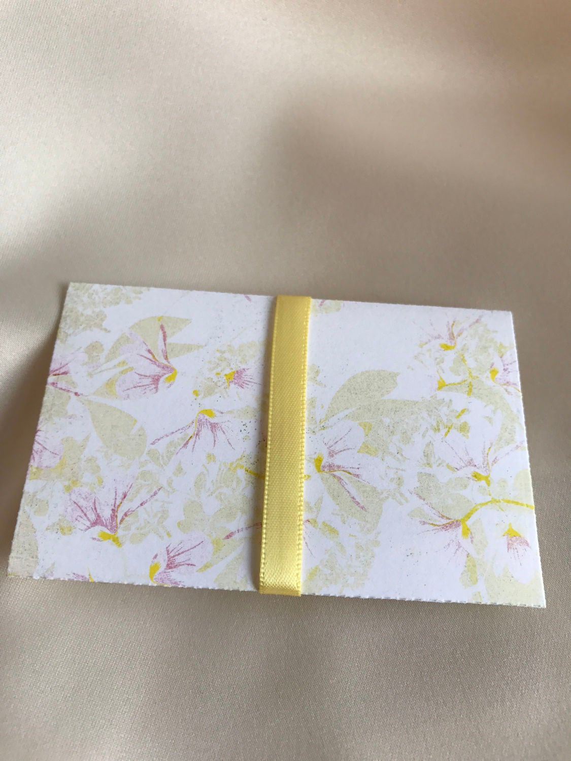Easter egg gift card holder envelope money holder pouches sold by ohhowlovelygifts negle Images