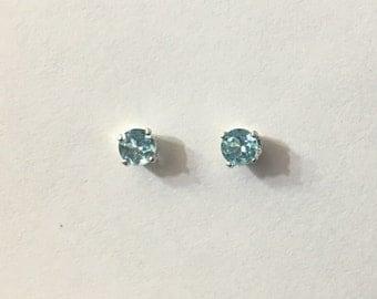 Summer sale! 4mm Apatite earrings in sterling silver