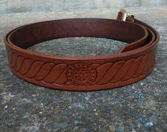Leather Belt with 'Rope' Design