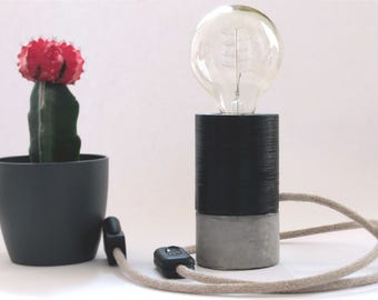 Lamp in concrete and 3D printing - table lamp - black