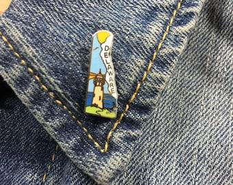Vintage Delaware state enamel lapel pin (stock# t26) hat pin, travel pin, hat pins, lighthouse, coastal