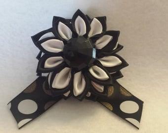 Women's Flower Brooch