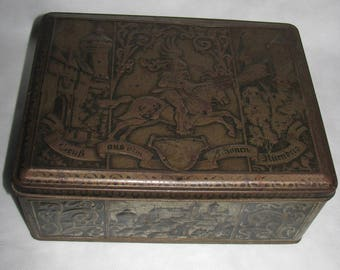 Vintage German BOX metal CAN Germany Candy TIN From Nuremberg rusty tin cookies
