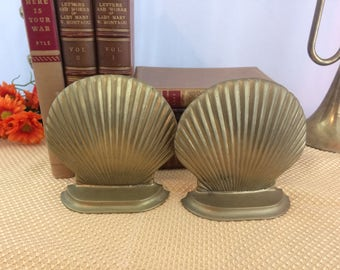 Brass Shell Bookends Made in Taiwan Pair of Bookends Library Decor Vintage Brass Seashell Bookends Nautical Bookends 21st Anniversary