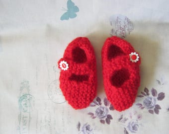 Red crib shoes made with soft mohair wool and a floral buttons size 3-6months