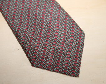 Authentic Hermes 100% Silk Tie - Mint Condition - Red  - Pattern 972 - (Ref 1120)