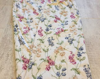 Pair of Vintage pretty floral curtains
