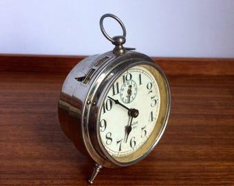 Westclox Baby Ben Wind-Up Alarm Clock, Style 1 Leg Model with Ring
