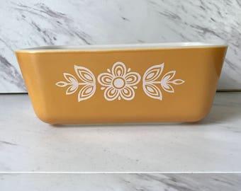 Vintage Pyrex Butterfly Gold Refrigerator Dish