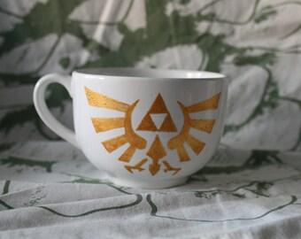 Hand painted mug Bowl The Legend of Zelda Wingcrest Triforce, Golden pattern