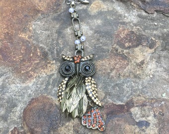 Great Owl key chain/ purse jewelry/southwestern/sparkly/everyday wear/outdoors look