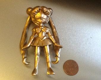 Gold kawaii girl toy figure