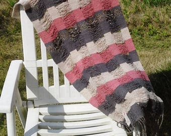 Handwoven tapestry with English wool in Union Jack colours