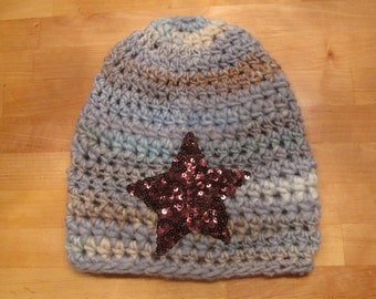 Crochet hat with sequin star Beanie, blue grey