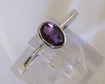 Ring Sterling Silver and Amethyst size 53