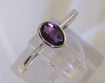 Ring Sterling Silver and Amethyst size 53. 25% with code: SOLD17